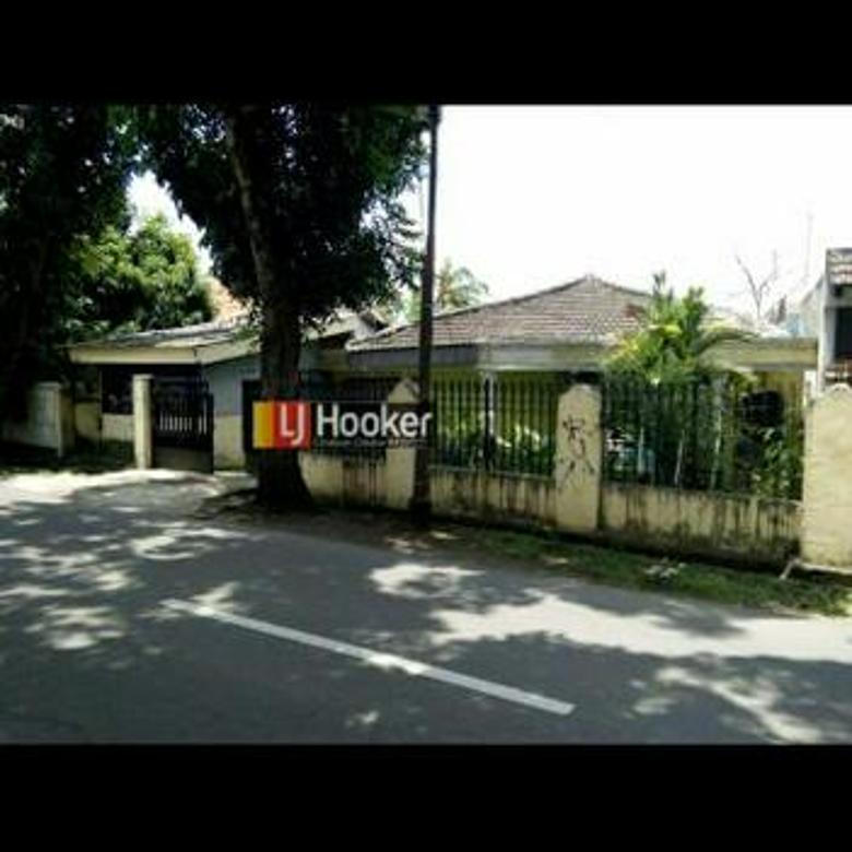 Rumah Luas di Ciracas , Jakarta Timur