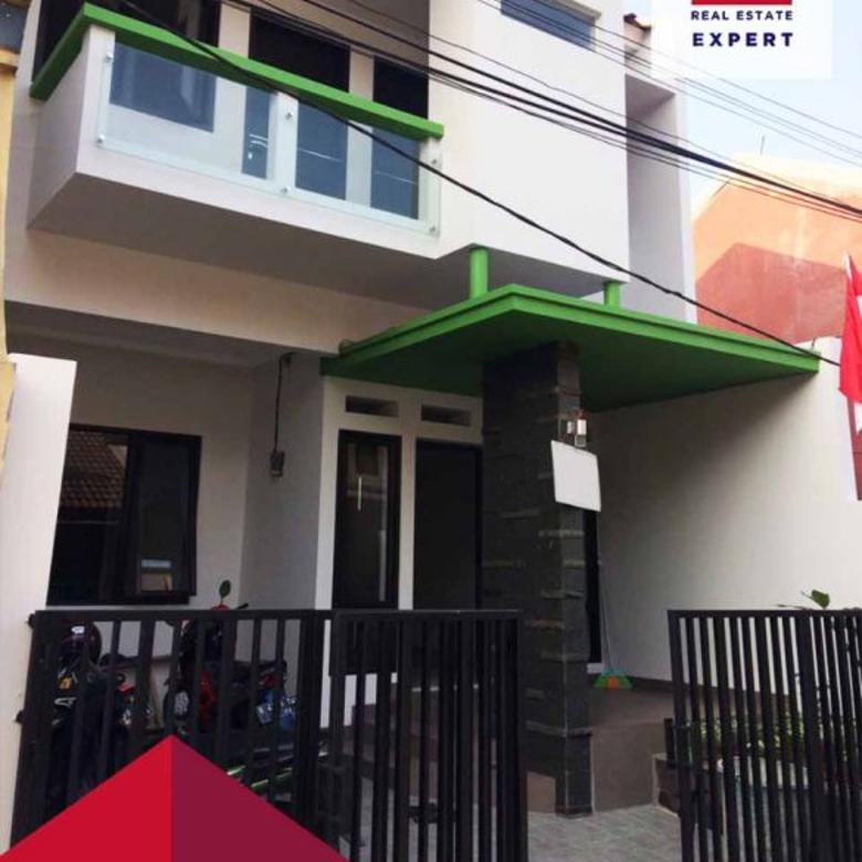 Dijual Rumah Siap Huni Dekat Taman dan Bebas Banjir