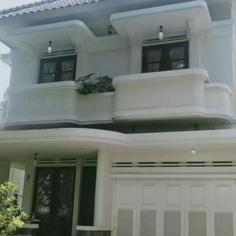 Rumah bandung Tempo Doeloe 2lantai Kota baru parahyangan harga super sexy