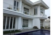 Miliki Rumah Brand New dengan Taman Luas di Kemang, Pejaten Barat - Jakarta Selatan