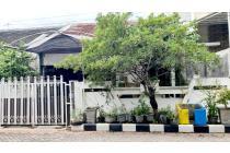 Dijual Rumah Hitung Tanah di Mulyosari Tengah