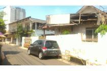 Rumah tua hitung tanah di anggrek neli slipi  LT 166m2