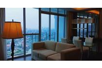 Sewa Apartemen Windsor At Puri 2BR+1 Lantai Tengah View City