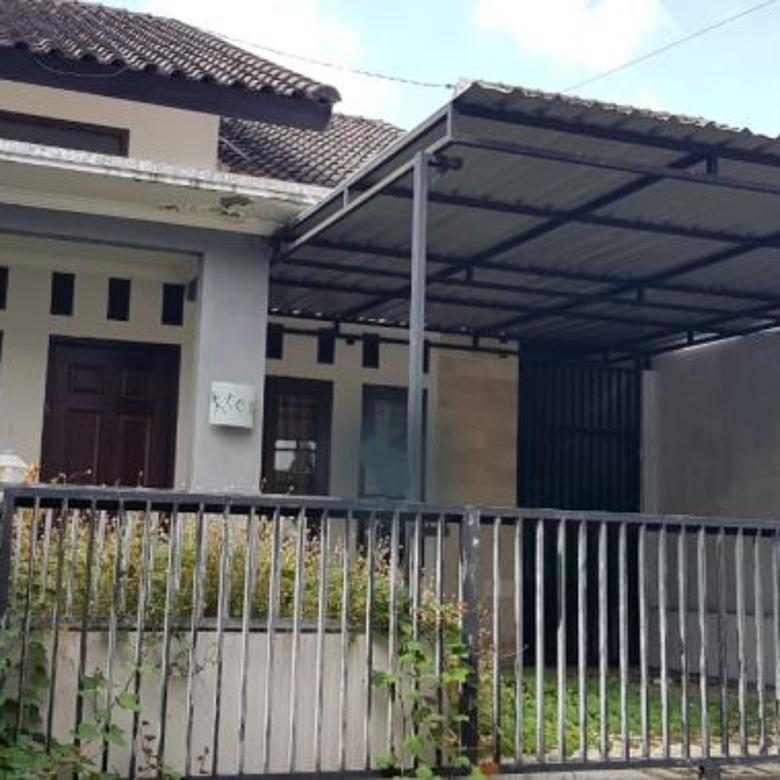 Rumah 3KT Semi Furnish di Udayana, Mataram