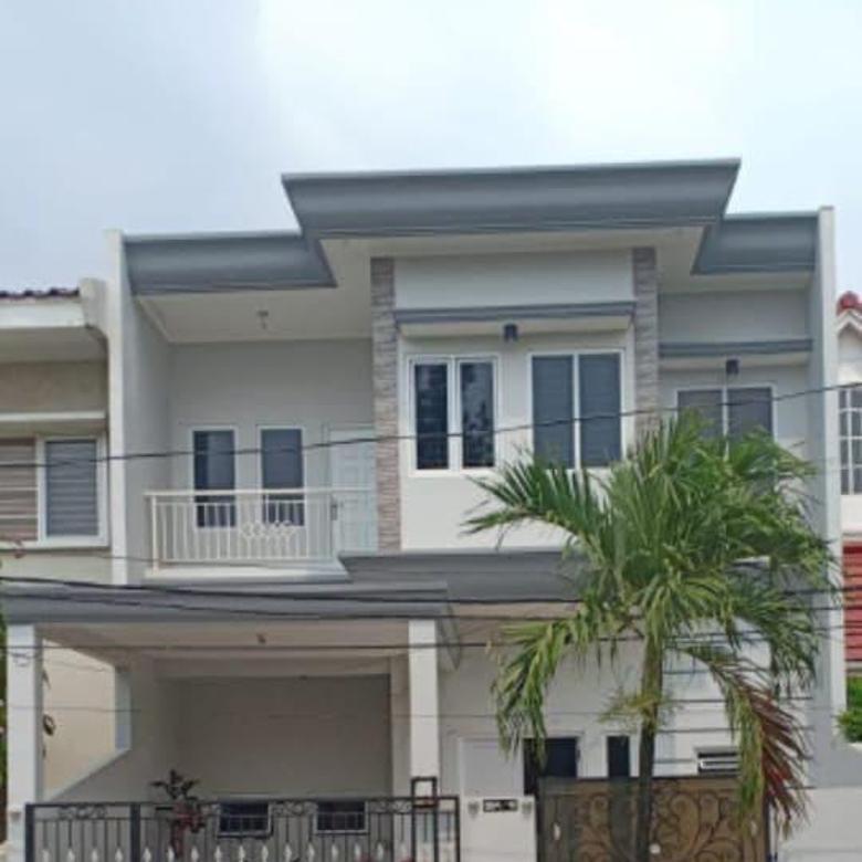 Rumah baru minimalis rapi ada 5 AC strategis di Citra 2 Jakarta Barat