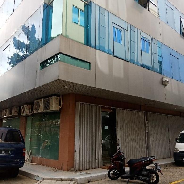 Dijual 2 Ruko Gandeng di Pinggir Tol Kebon Jeruk!