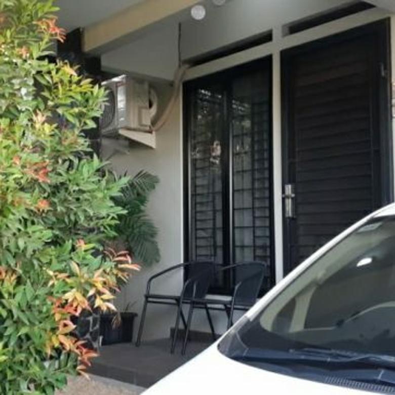 Rumah minimalis, asri di The Nature Mutiara, Sentul