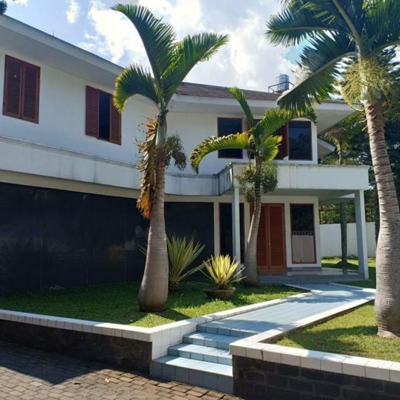 Dijual Rumah Besar di Dago Resort Bandung