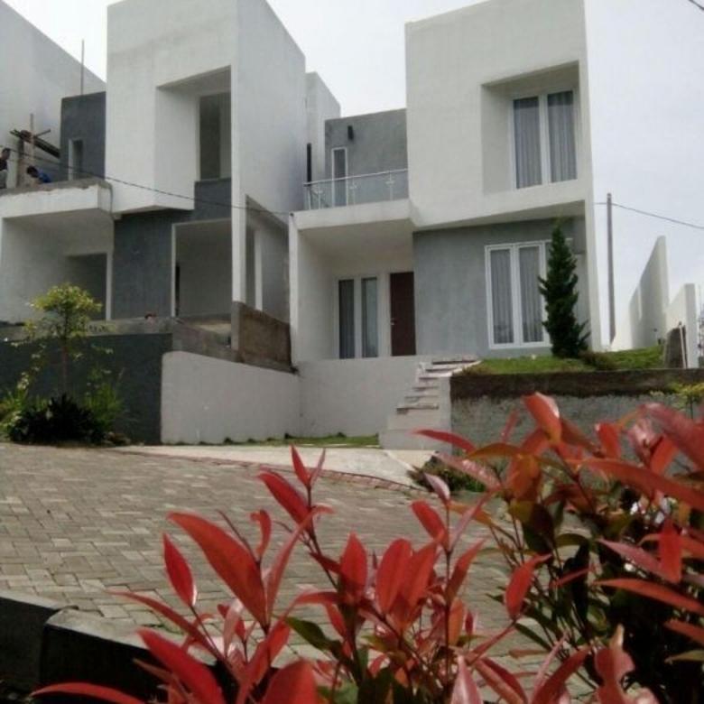 Rumah Mewah 2Lantai Jatinangor Dengan Konsep Ecoliving Yang Ra