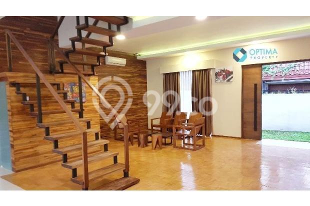 Rumah Mewah dengan Kolam Renang di Timoho dekat UAD, UIN, UGM,UNY Malioboro 14426624