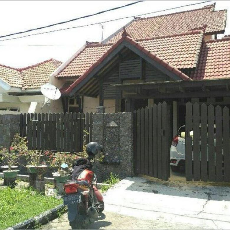 Rumah Terawat, Siap Huni, Row jalan lebar di NIRWANA EXECUTIVE Blok CC