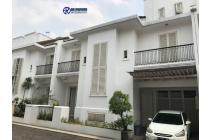 Town House 3 Lantai di Kemang Barat Lokasi Strategis dekat Nirvana Kemang
