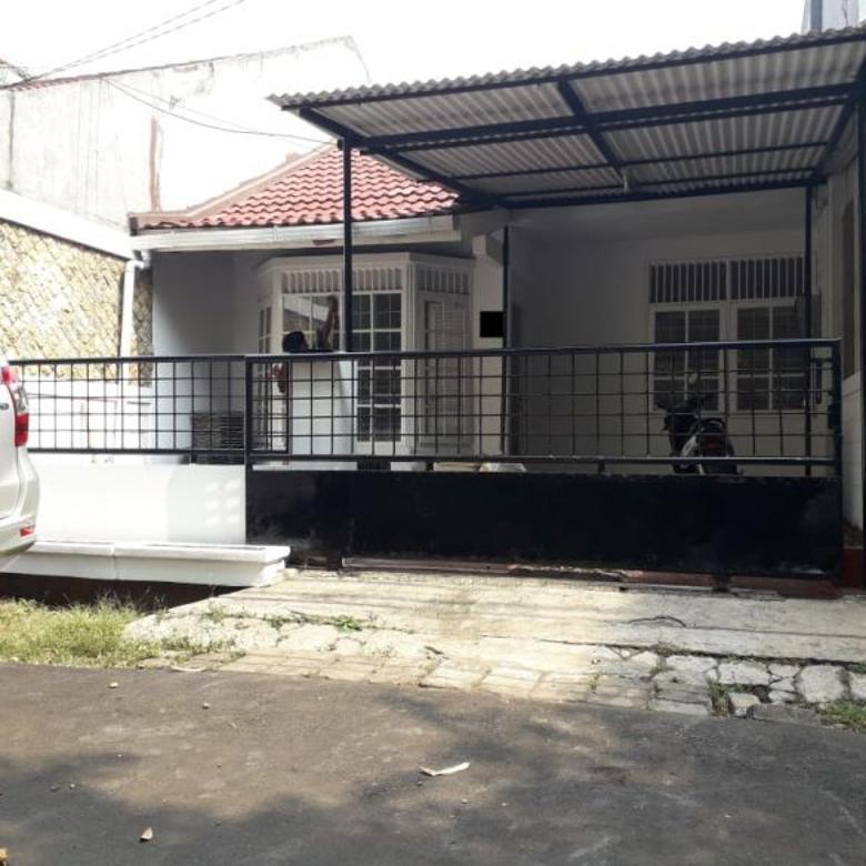 Disewa Rumah Teduh Siap Huni di Bintaro Sektor 4, Tangsel
