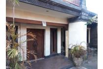 Rumah Dijual di Sidakarya, Denpasar Selatan. Lokasi Oke