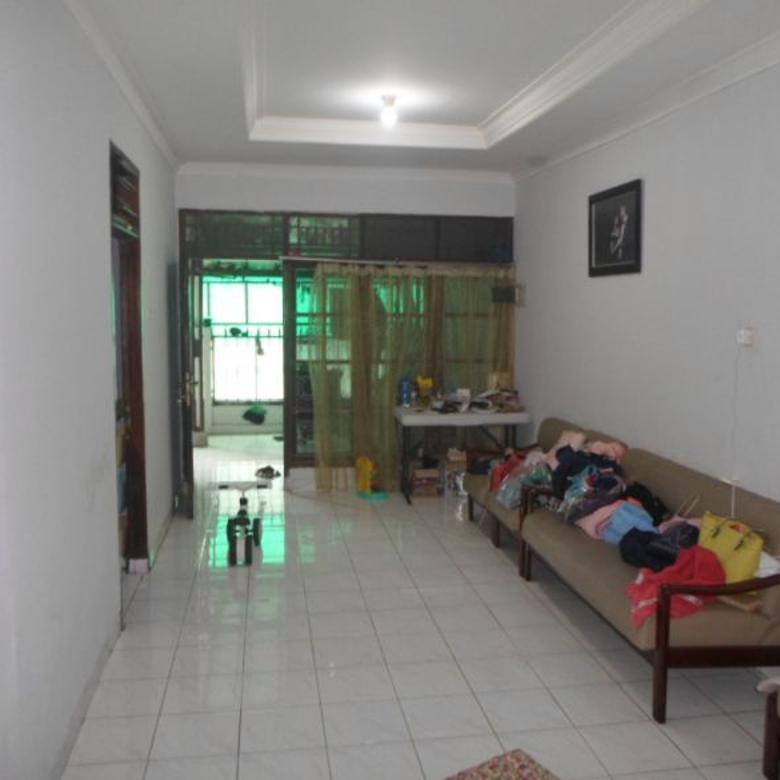 Komplek Pelni Cimanggis rumah 2 lantai siap huni