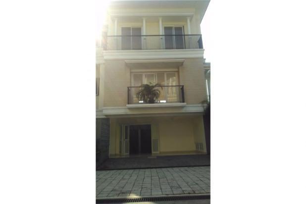 Rumah Mewah Pejaten 3 Lantai Ada Kolam Renang (rmh00186) 12396870