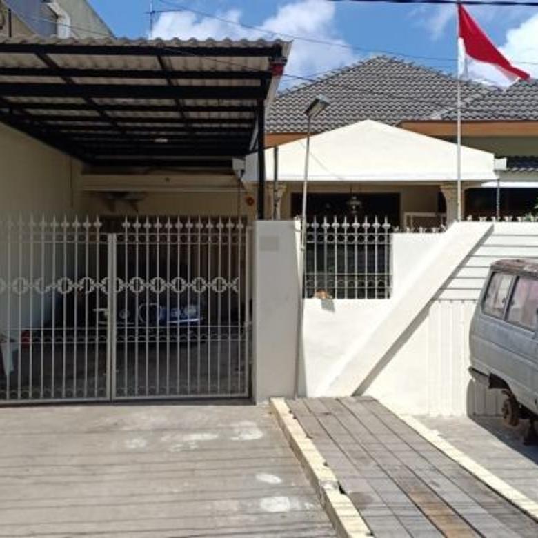 Rumah Luas Gubeng Kertajaya Siap Huni