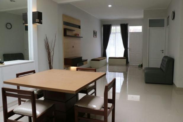Rumah Renovasi Total Full Mebel  di Kembar Mas Pasirluyu Bandung 15100326