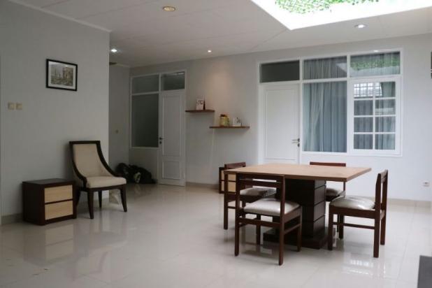 Rumah Renovasi Total Full Mebel  di Kembar Mas Pasirluyu Bandung 15100324