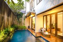 rumah kolam renang dijual di the icon simply city BSD city,