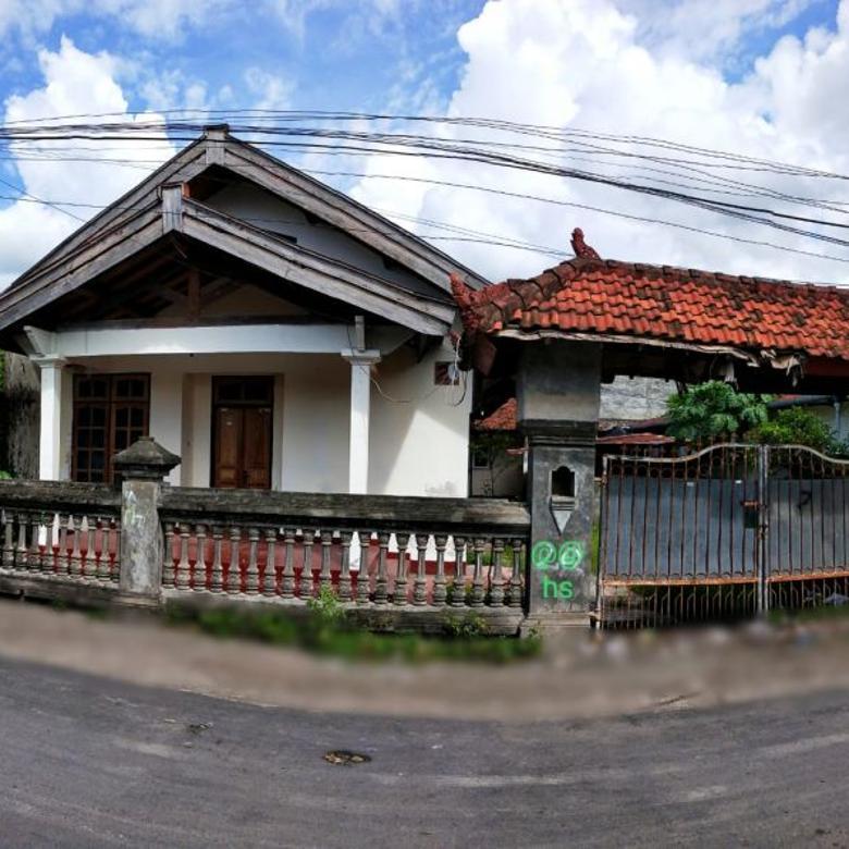 Dijual rumah dan kos 9 kamar di Cakranegara Kota Mataram