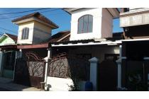 Rumah mungil minimalis di Perumahan Gumpang