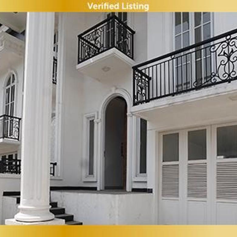 Rumah di Grand Maritza Dekat Taman Mini Indonesia Indah