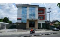 Hotel Baru Dekat UGM dan JCM, Jalan Ring Road Utara
