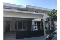 Rumah Mewah di Villa Delima Lebak Bulus