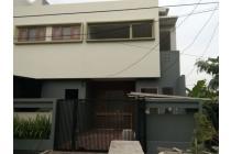 Rumah siap huni di Bintara dekat ke KRL Cakung dan Tol Bintara