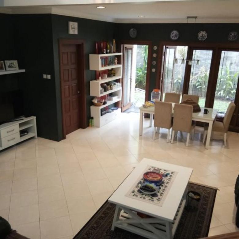 Rumah Suasana Layaknya Villa Puncak