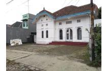 Disewakan Bangunan Strategis di Riau Bandung