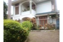 Dijual Rumah Nyaman dan Strategis di Kemang Jakarta Selatan