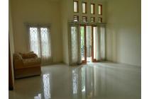 murah rumah 2.lantai sunsat road Kuta Bali