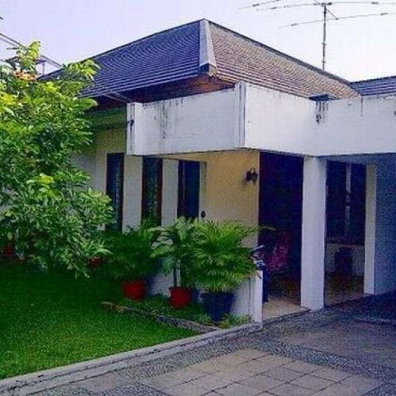 Dijual (BU) Rumah Strategis di Lingkungan Perumahan Cinere, Depok