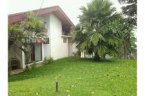 Rumah yang sangat luas di Kemang Selatan, Cilandak, Jakarta Selatan.