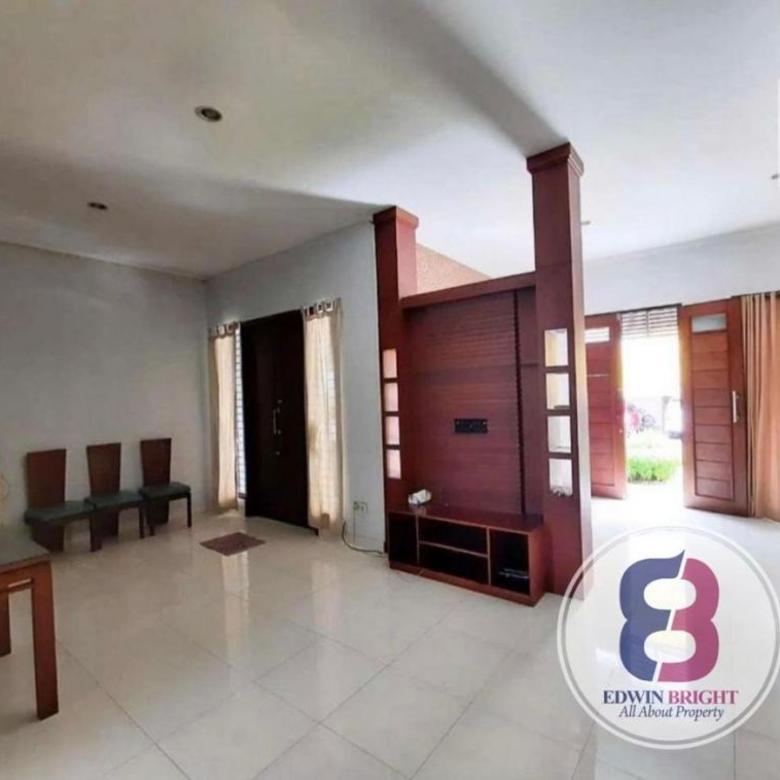 Rumah Dijual di Emerald Sektor 9 Bintaro Jaya Rapi