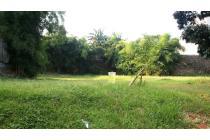Dijual Kavling Luas di Kawasan Graha Taman
