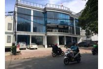 Gedung Perkantoran 3 Lantai di Benhill Jakarta Pusat