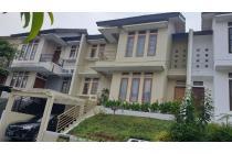 Rumah 2 Lantai,Furnished, Bebas Banjir, One Gate System,Cinere
