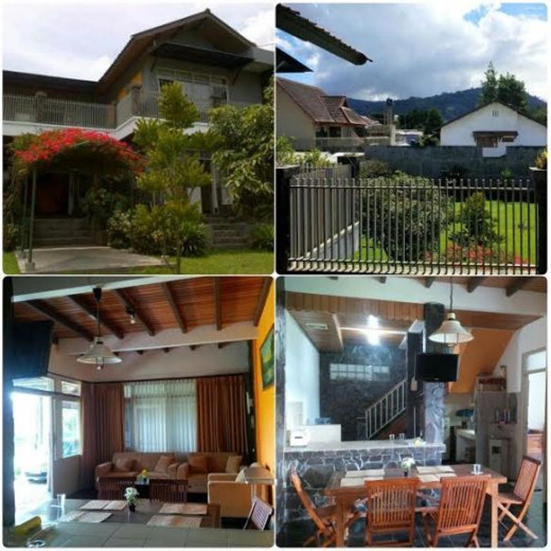 Dijual Rumah Luas Nyaman Strategis di Jl Kayu Ambon Lembang Bandung