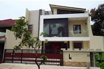 Rumah Mewah di samping MM di taman Villa Baru Bekasi Selatan