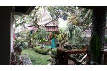 Ga Asing Deh Pasti!! Iya!! Mirip Rumah-Rumah Megah Di Film Kan!! Udah Luas, Cantik, Semi Furnish Lagi!! Yu Tunggu Apalagi Langsung Cus Aja!! Prof. Doktor Sutami, Sukasari, Bandung