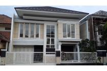 Disewakan Rumah Villa Bukit Indah
