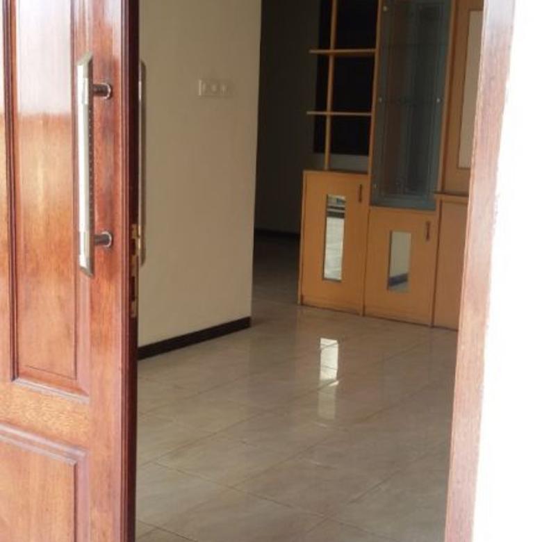 67 Dijual nyaman bebas banjir Rumah Kutisari Selatan XIII  Sby