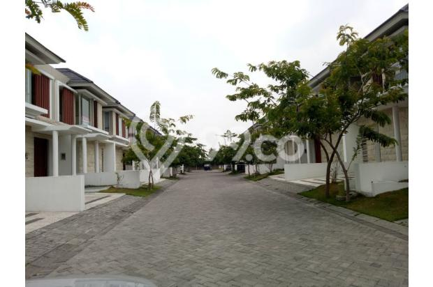 Rumah Citraland Greenlake, Surabaya barat .. Kondisi istimewa, Harga Spesia 14317374