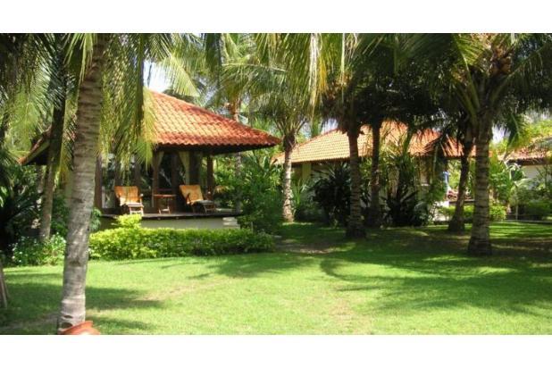 best beachfront land and villas in gili meno