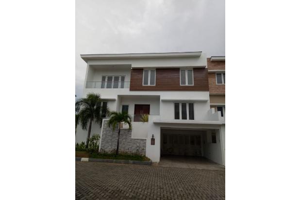 Rp8,96mily Rumah Dijual