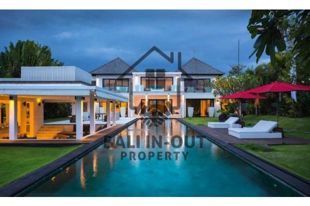 Rp41,3mily Vila Dijual