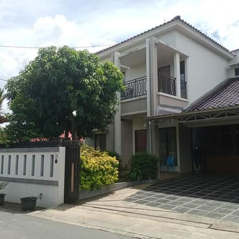 Rumah 2 lt Jagakarsa Bukan Komplek atau Cluster Pinggir Jalan Siap Huni